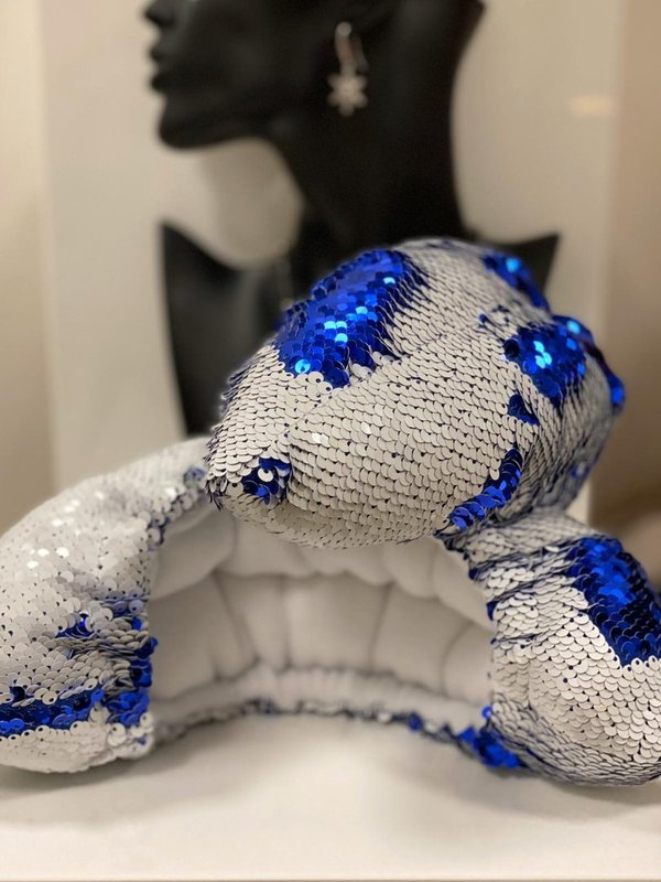Soakers royal blue & white sequin